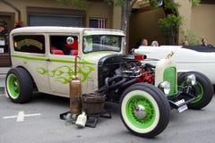 """推托2门轿车旧车改装的高速马力汽车""""Rum Runner† 1930年 图库摄影"""