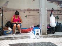 掩藏为重的暴雨在市中心Microcentro,蒙特塞拉特 库存图片