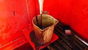 措施与沼泽漏斗viscomete的泥黏度 影视素材