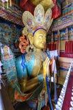 描述Maitreya的雕象在Thikse修道院在拉达克,印度 免版税库存图片