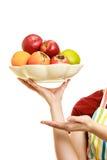 提供健康果子的主妇或卖主 免版税库存照片