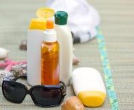 提取乳脂防护的化妆水 图库摄影