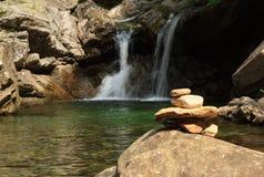 提契诺州瀑布 免版税库存照片