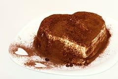 提拉米苏蛋糕,蛋糕提拉米苏用莓果 图库摄影