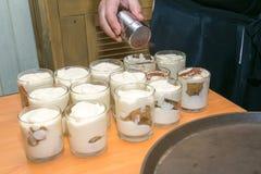 提拉米苏,传统意大利奶油点心自创d 免版税库存图片