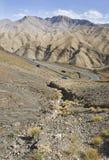 提齐乌祖省n tichka弯曲路,摩洛哥 免版税库存照片