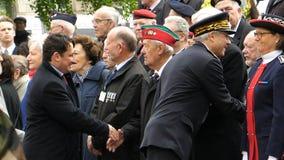 握手官员在停战记念在Fra游行 免版税图库摄影