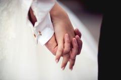 握手的夫妇 库存图片