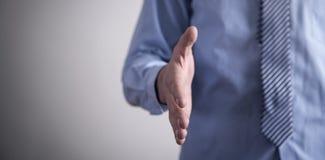 握手的提供的手 成交概念 免版税图库摄影