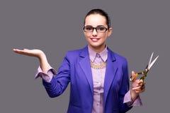 握空的手的妇女裁缝 库存图片