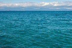 搅动的海表面 库存图片