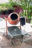 搅拌器和推车 库存照片