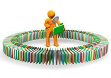 搜索对于信息的人 免版税库存照片