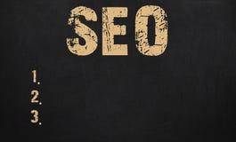 搜索引擎在黑板写的优化概念 库存图片