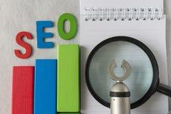 搜索引擎优化概念一样五颜六色的木块象a 免版税图库摄影