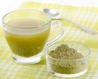 搽粉的绿茶 库存照片