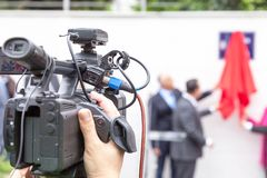 摄制与摄像头的传播噱头 免版税图库摄影