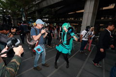 摄影师射击cosplay女孩 库存照片