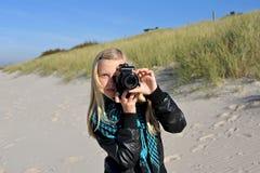 摄影师年轻人 免版税图库摄影