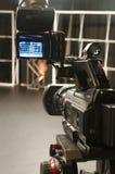 摄象机在演播室 免版税图库摄影