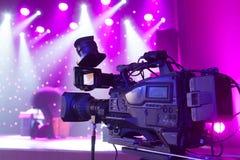 摄象机在音乐厅里 库存图片
