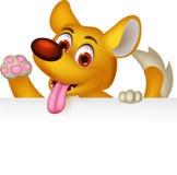 摆在与空白的标志的逗人喜爱的狗动画片 免版税库存图片