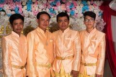 摆在为图片的高棉人在婚礼期间 图库摄影