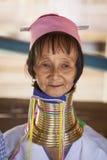摆在为画象的清迈卡伦长的脖子妇女 库存照片
