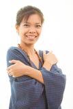 摆在微笑的亚裔女孩 免版税图库摄影
