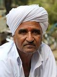 摆在艾哈迈达巴德的老印地安人 拍摄2015年10月28日到艾哈迈达巴德印度 库存图片