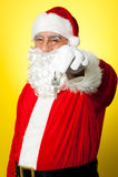 摇晃关键字的变老的圣诞老人 库存图片