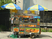 摊贩推车在曼哈顿 免版税库存图片