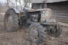摒弃拖拉机 免版税库存图片