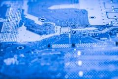 摘要接近电子线路在技术在Mainboard计算机背景 免版税库存照片