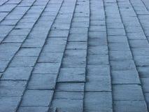 摘要结霜的屋顶板岩瓦片 库存照片