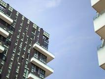 摩天大楼低角度视图 免版税图库摄影