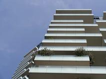 摩天大楼低角度视图 免版税库存照片