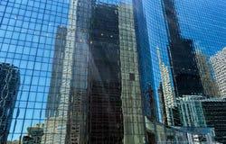 摩天大楼反射在芝加哥 库存图片