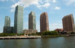 摩天大楼和哈得逊河 库存图片