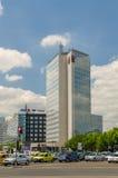摩天大楼在布加勒斯特 免版税库存照片