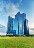 摩天大楼在新加坡财务地区  库存图片