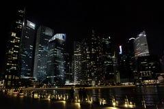 摩天大楼在晚上 库存照片