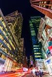 摩天大楼在曼哈顿, NYC,在晚上 库存照片