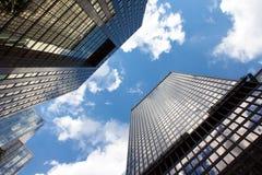摩天大楼在街市多伦多 库存图片