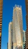 摩天大楼在迪拜,阿拉伯联合酋长国的Jumeirah区 免版税库存照片