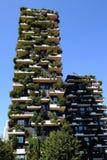 摩天大楼垂直森林 免版税库存图片