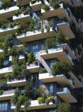 摩天大楼垂直森林 库存图片