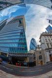 摩天大楼广角射击在中央伦敦 免版税库存照片