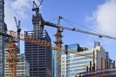 摩天大楼建设中在大连,中国 免版税库存照片