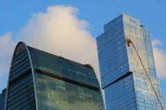 摩天大楼现代城市的上面在莫斯科 免版税库存照片